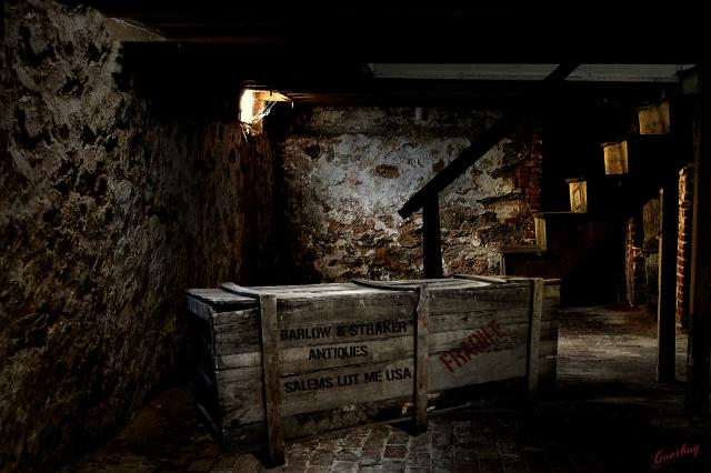 Barlows crate Salems Lot