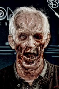 lance  henrikson zombie